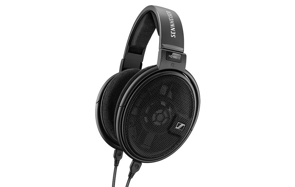 Sennheiser HD 660 S headphones are refined with lifelike audio