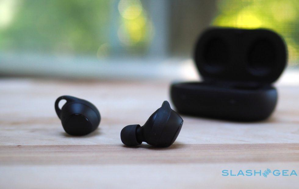 Iconx 2020 Review.Samsung Gear Iconx 2018 Review Slashgear
