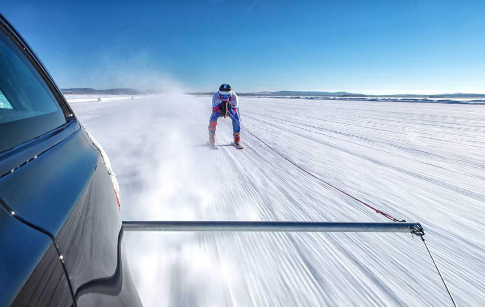 Jaguar XF Sportbrake tows skier at 117 mph to set world record
