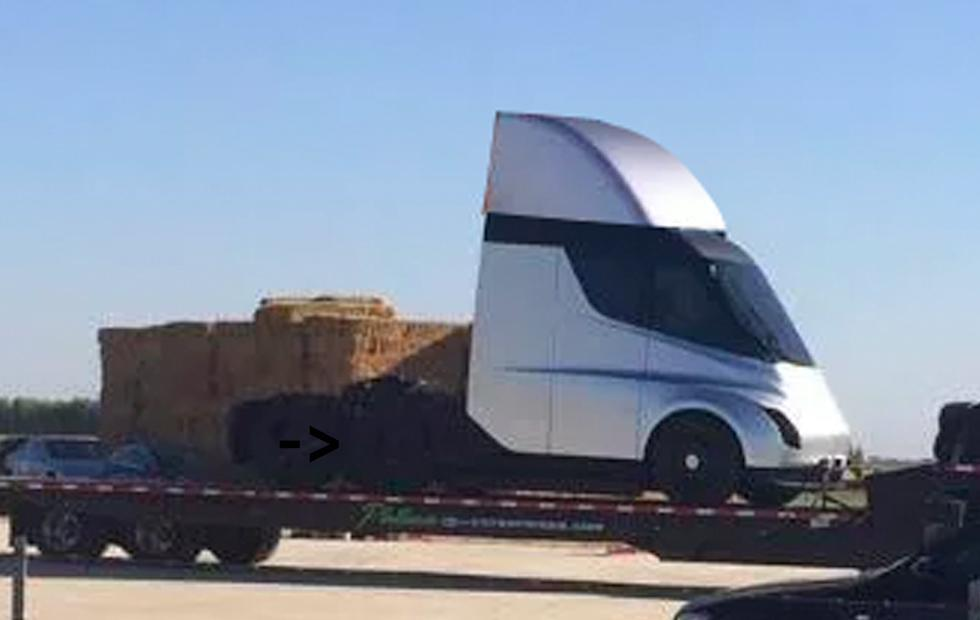 Tesla's Semi Truck: this photo might be it