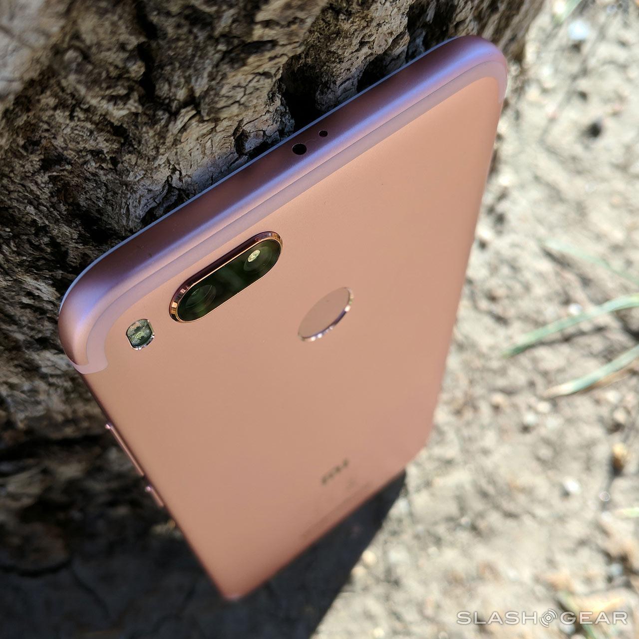 Xiaomi Mi A1 Review : Android One just got familiar - SlashGear