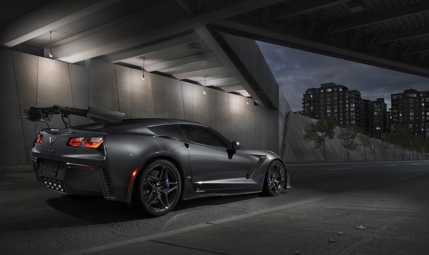 Corvette Zr1 0 60 >> The 2019 Corvette Zr1 Is A 755 Hp All American Supercar