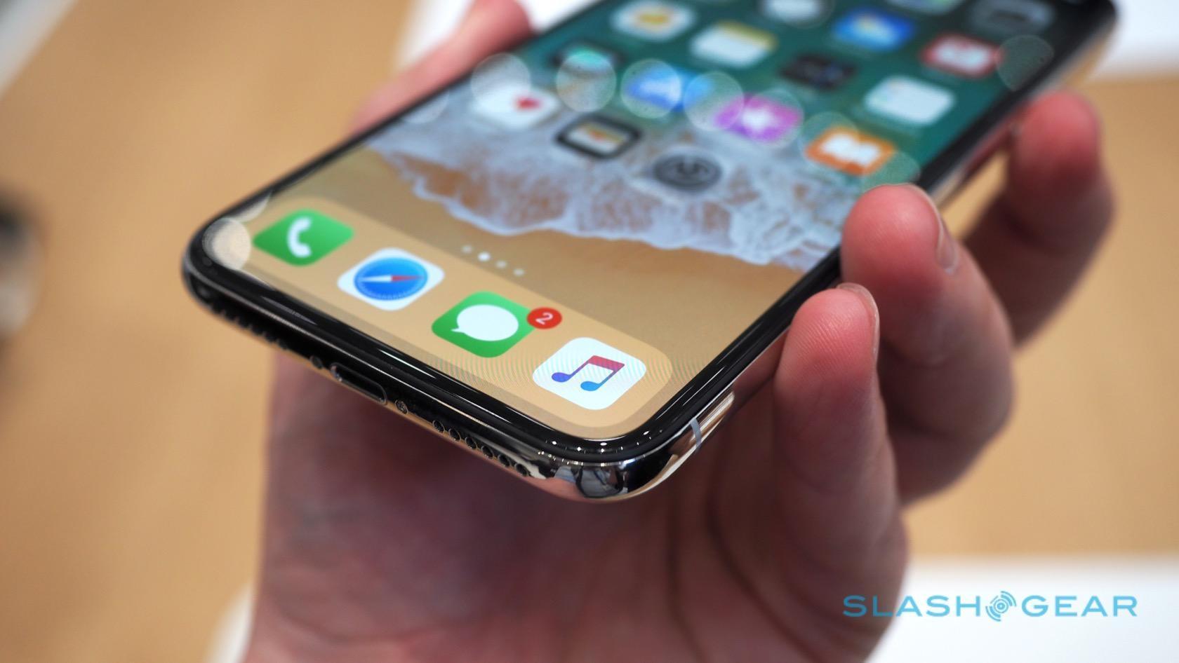 The iPhone X has the best smartphone display around - SlashGear