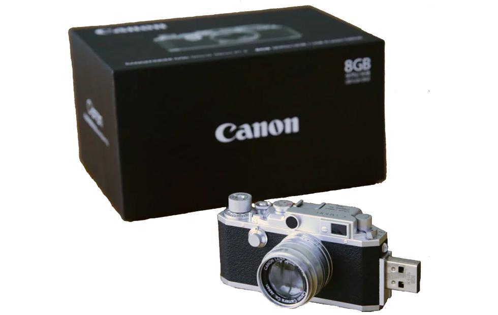Canon retro rangefinder camera revived as an 8GB flash drive