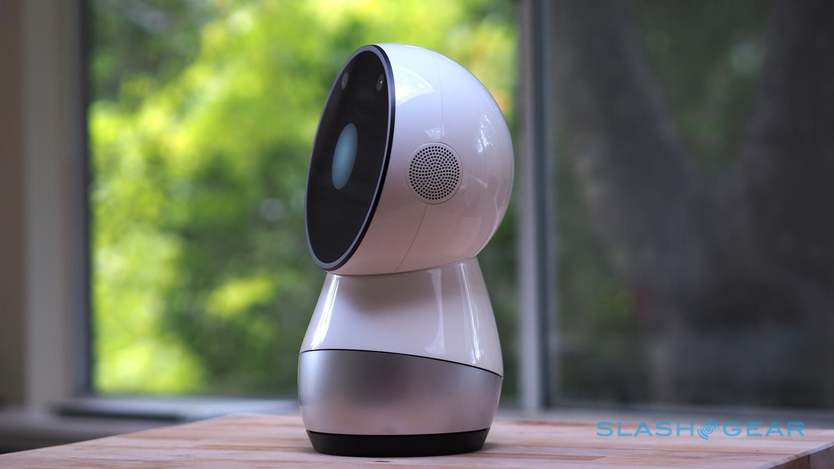 Jibo Review: Alexa gets some cute competition - SlashGear