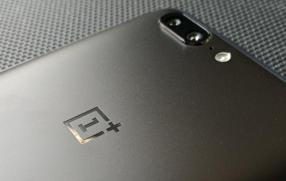 OnePlus preinstalls app that can be used as a backdoor