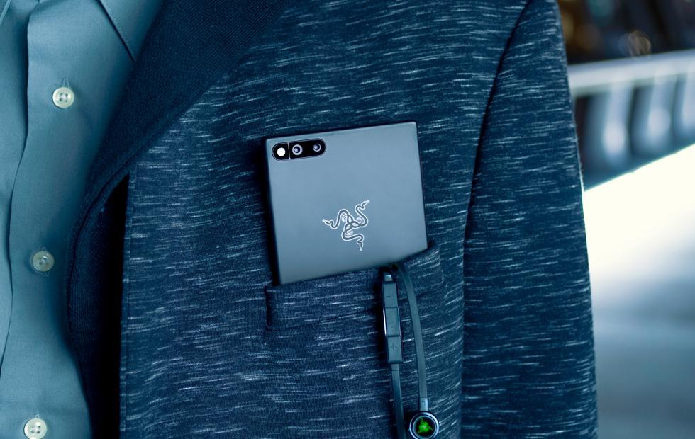 Razer Phone detailed for release : 120Hz in full effect