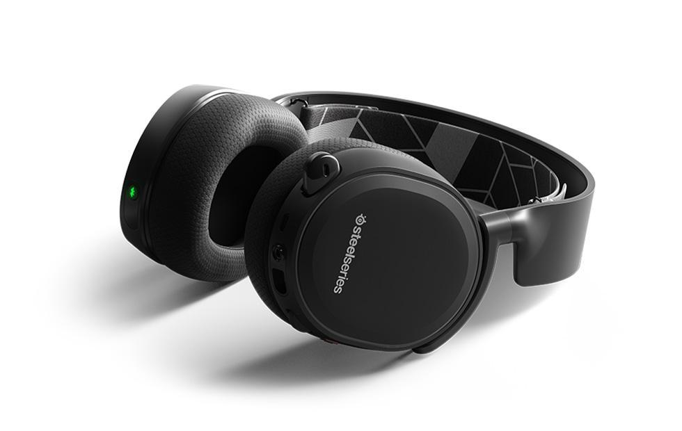 SteelSeries Arctis 3 Bluetooth headset supports simultaneous audio