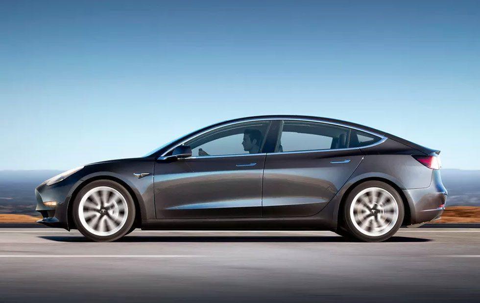 Tesla Model 3 EPA driving range is 310 miles