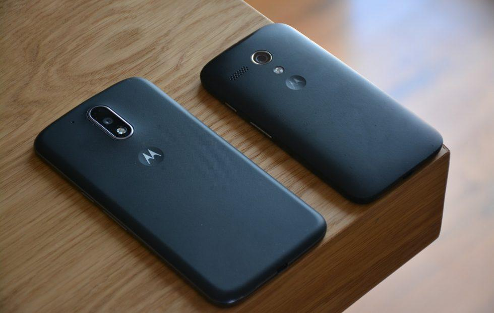 Motorola, HTC confirm they don't make older smartphones slower