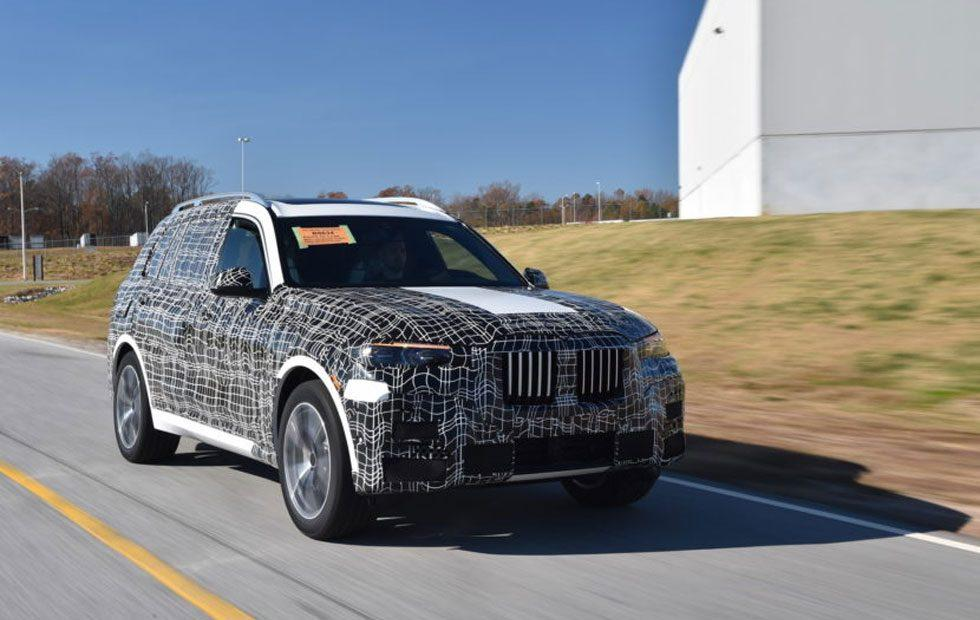 BMW X7 xDrive50i long standard features and options sheet leaks