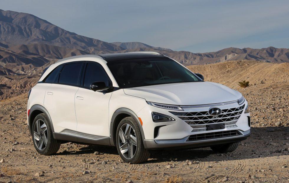 Hyundai NEXO fuel-cell SUV revealed with 370 mile range