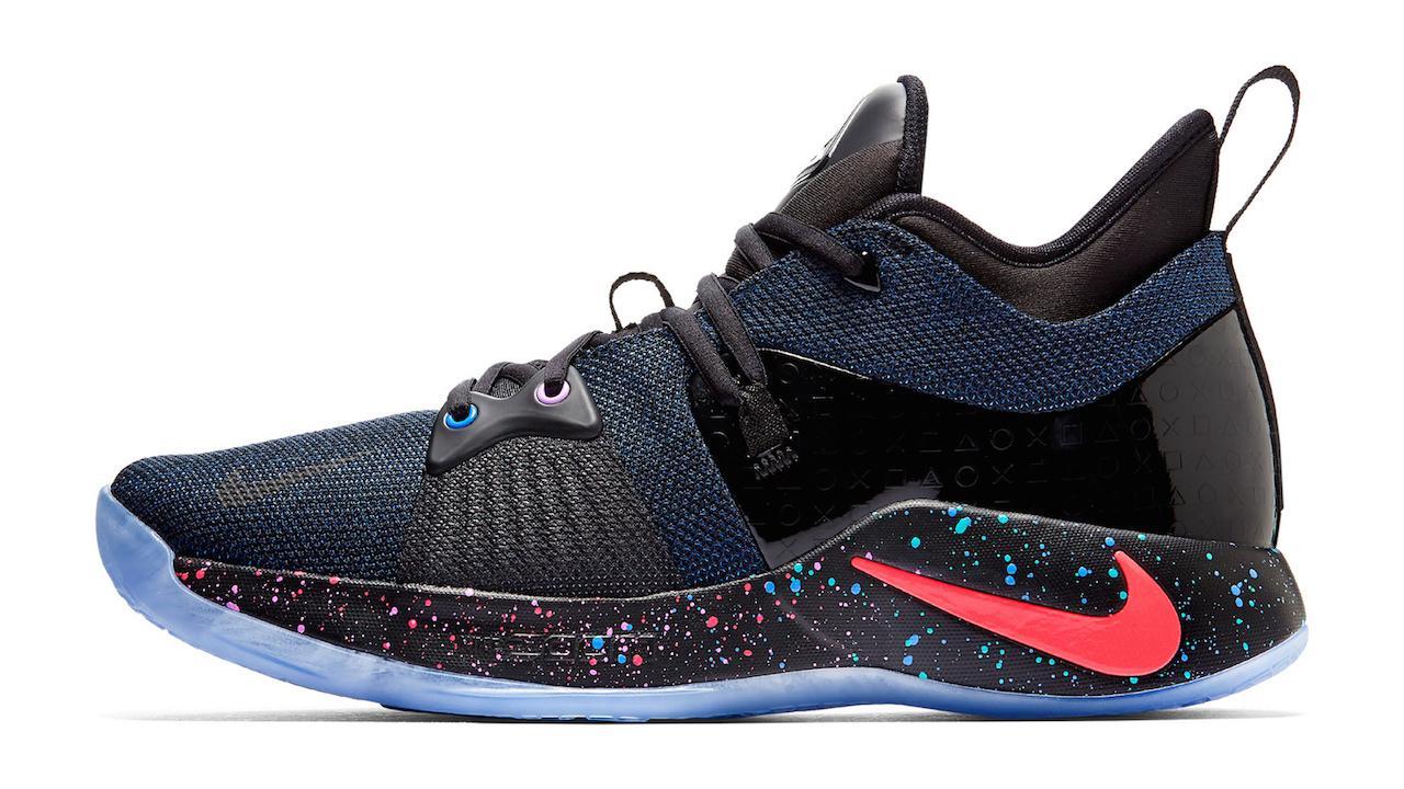 Fabricante Instruir Padre fage  PlayStation-themed Nike sneakers are a gamer's dream footwear - SlashGear