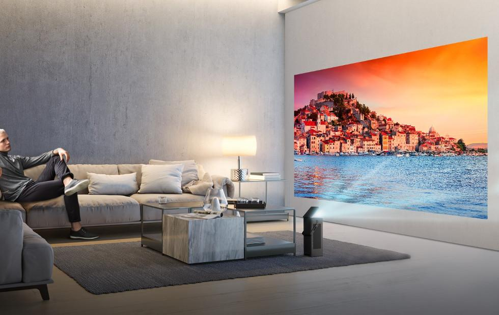 LG HU80K 4K UHD home projector is something you can carry around