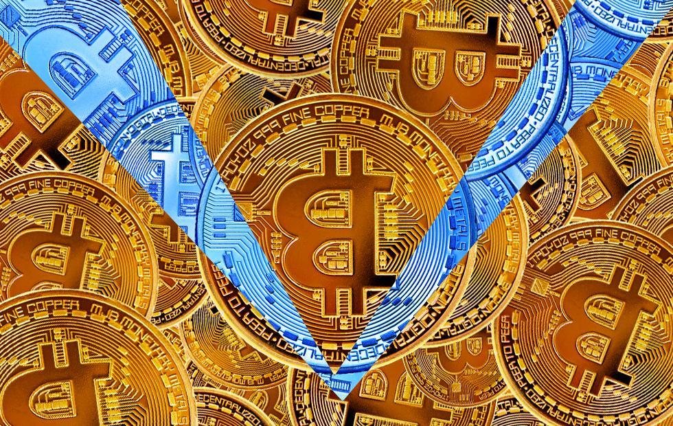 Bitcoin price jacks while Ripple topples