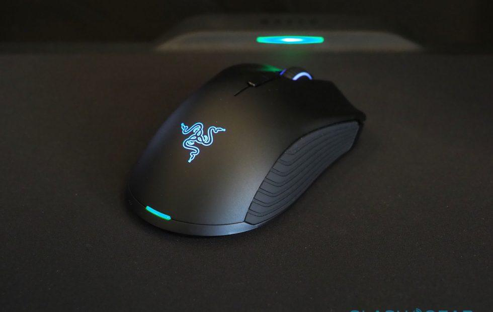 Razer HyperFlux Wireless Power hands-on: Magnetic Charging Mouse Magic