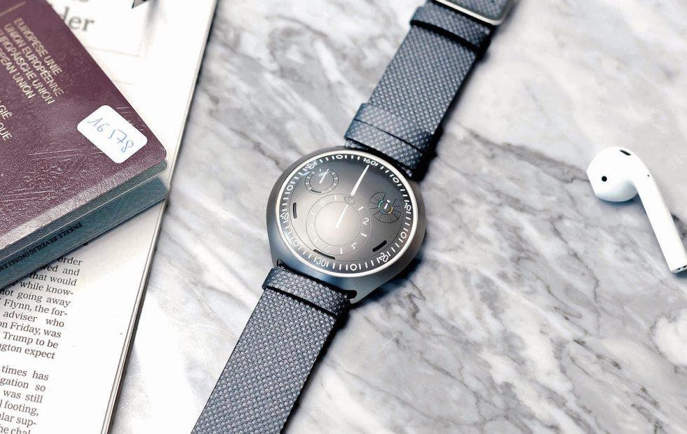 Ressence Type 2 is a smartphone-pairing mechanical watch