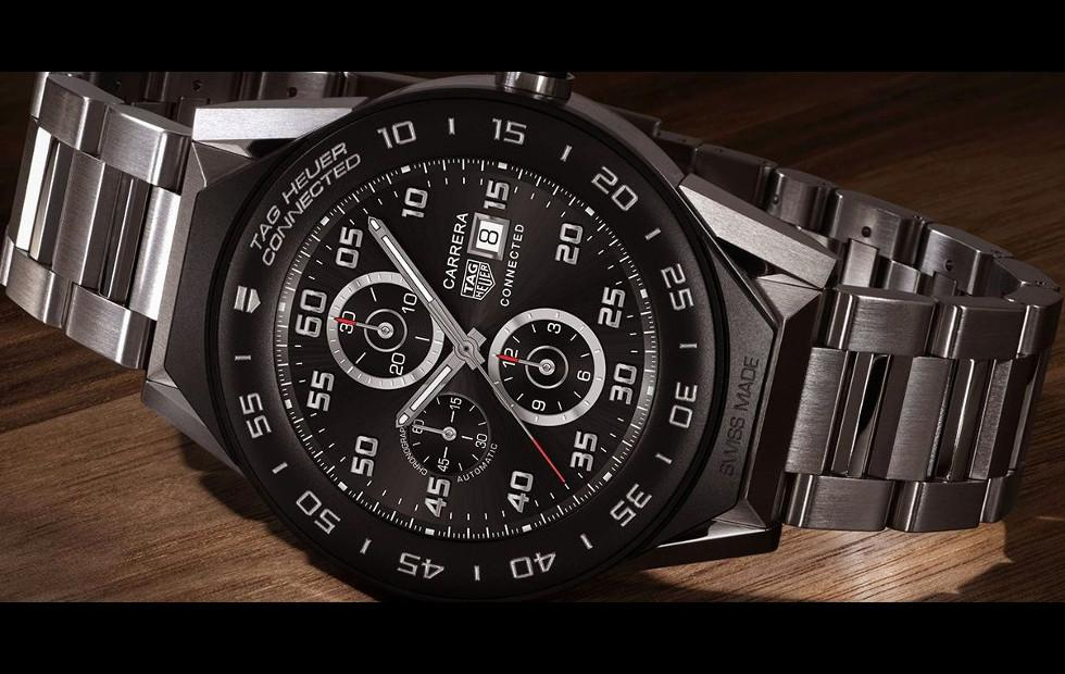 TAG Heuer Connected Modular 41 puts Android Wear in a smaller form
