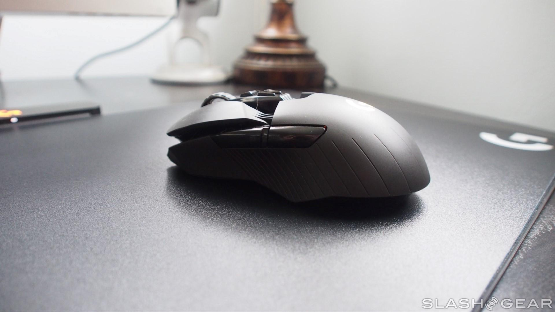 c0fbac170d5 The wireless charging mat that sits beneath the mousepad itself is packed  with charging coils that will keep your mouse topped up as you use it.