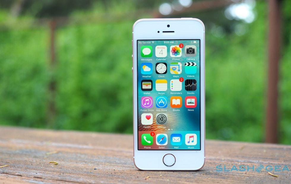MetroPCS offers free iPhone SE, T-Mobile LG BOGO deal starts