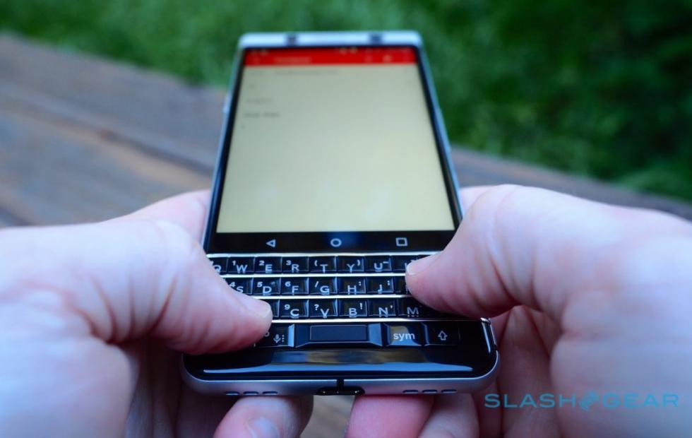 BlackBerry KEYone price drops finally