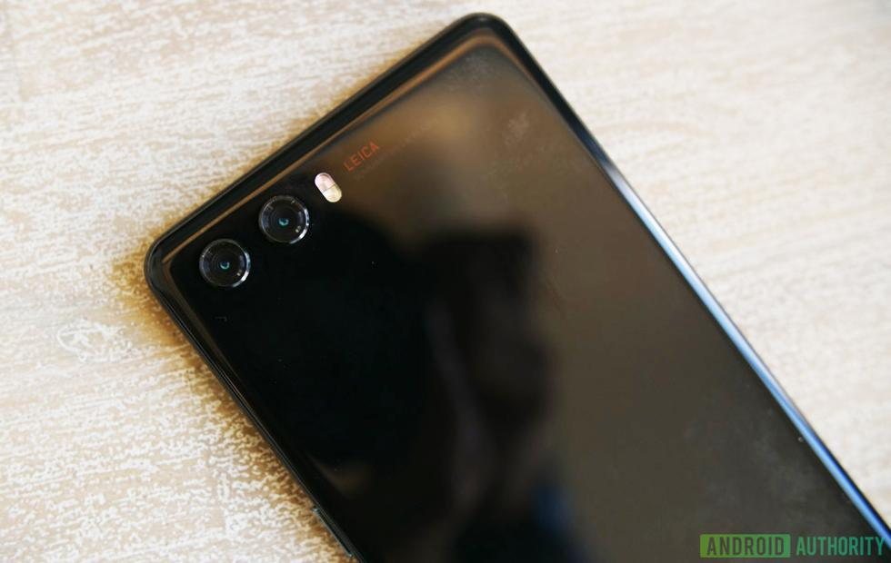 Huawei P20 prototype leak hints at curious design changes