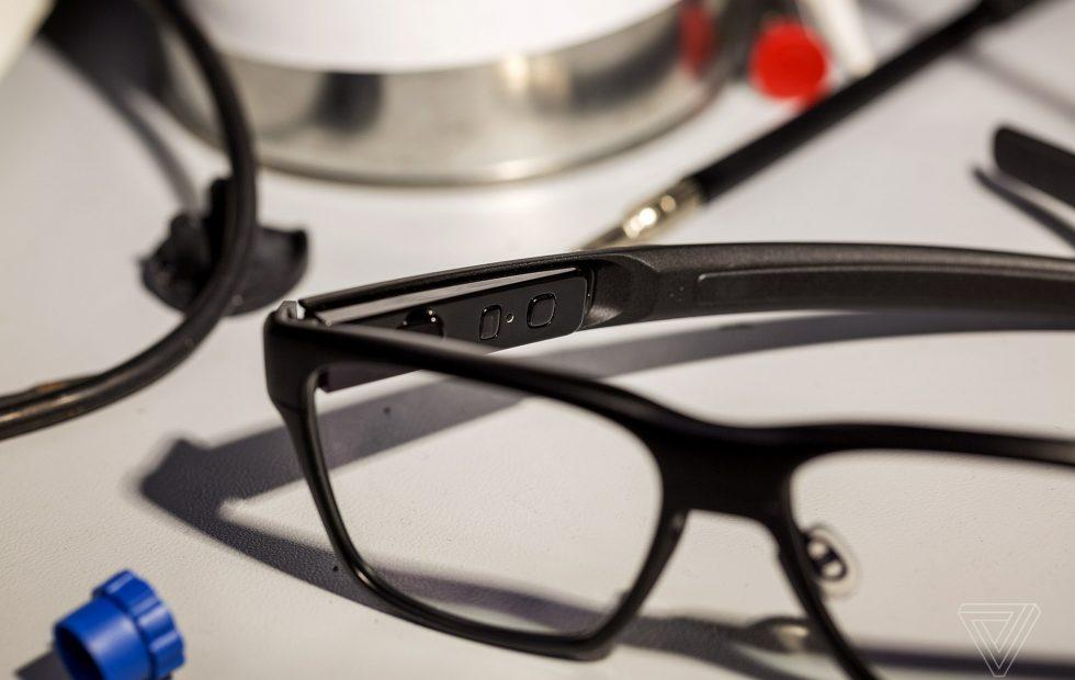 Intel's Vaunt smart glasses are real (and real discreet)
