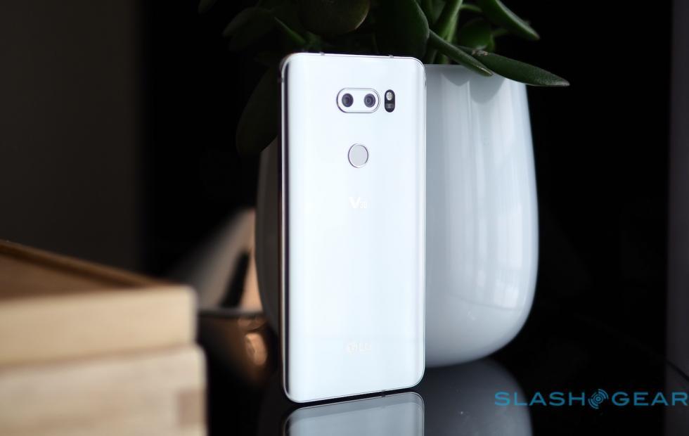 LG V30 DxOMark score: good but not good enough