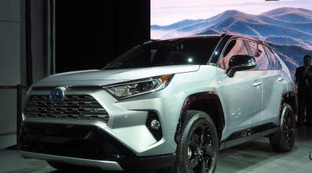 2019 Toyota RAV4 Gallery