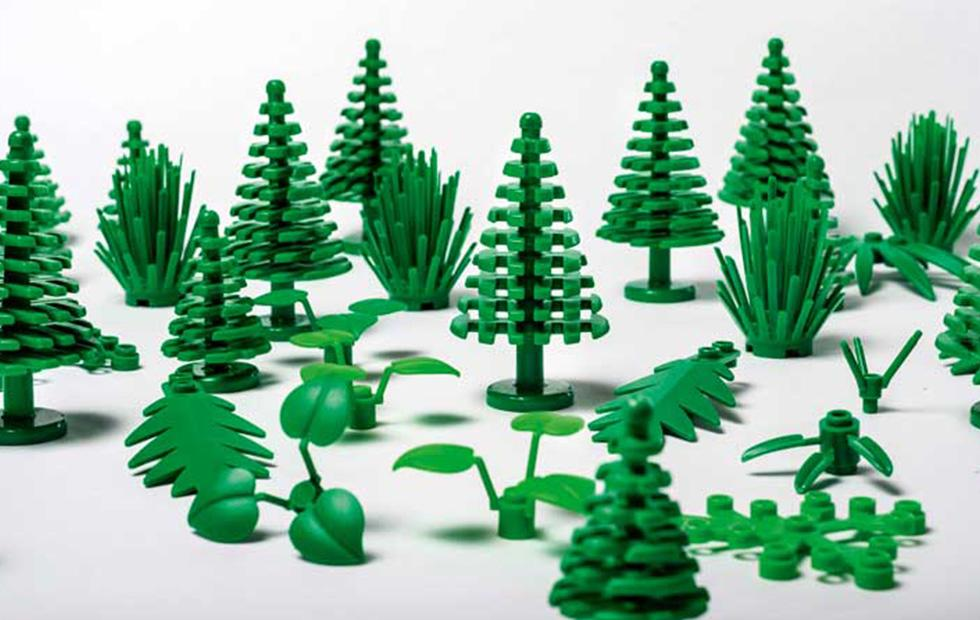 Sustainable LEGO bricks will be made from plant-based plastic