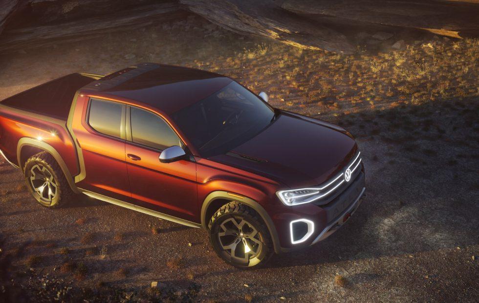 VW Atlas Tanoak pickup teases Honda Ridgeline rival