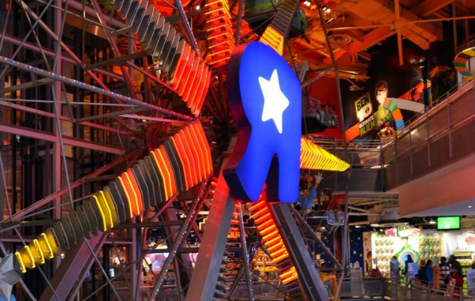 Toys'R'Us to employees: we are closing all US stores
