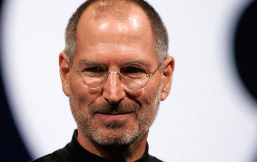 Steve Jobs' 1973 job application sells for whopping $174K