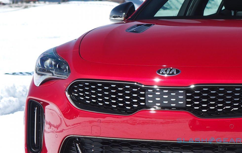 After Stinger GT success, Kia teases 2019 K900 luxury