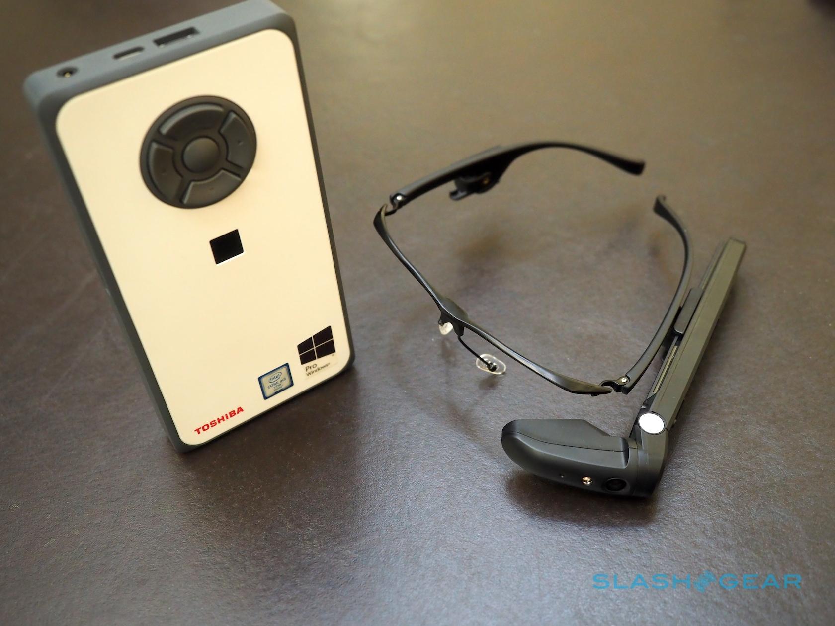 Toshiba's dynaEdge AR Smart Glasses make Win 10 wearable - SlashGear