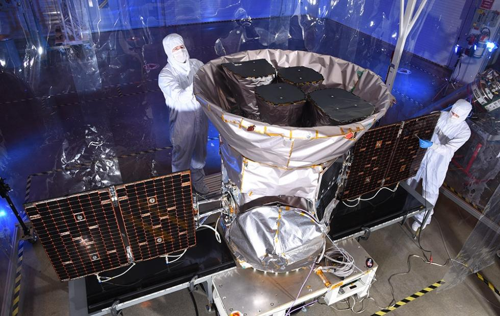 TESS planet-hunting satellite launched aboard SpaceX Falcon 9
