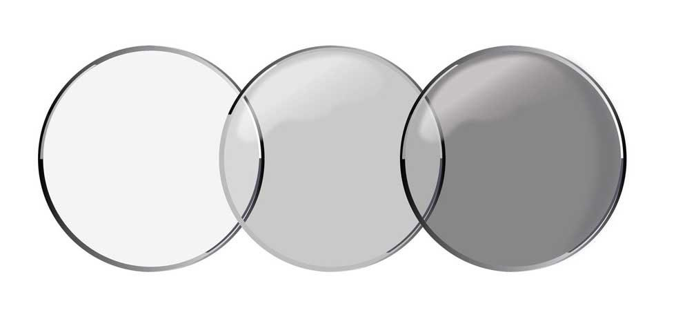 Acuvue Oasys Transitions contact lenses darken automatically to block light