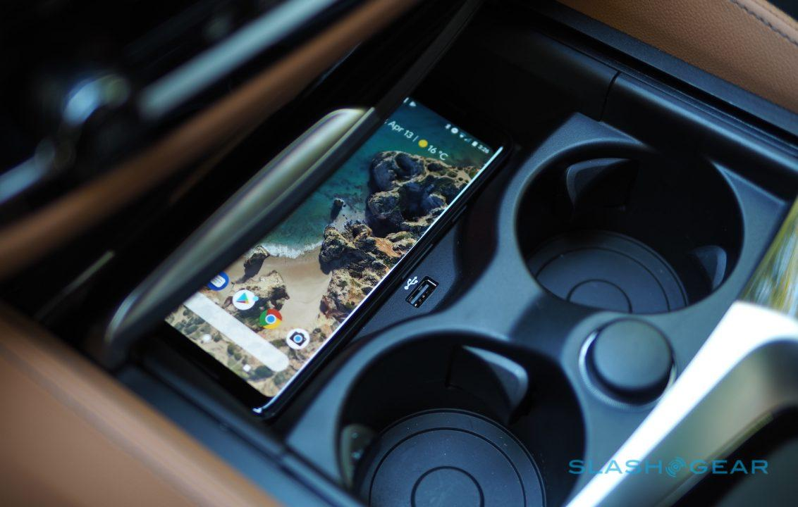 Android Auto Wireless reminded me of Google's big Pixel
