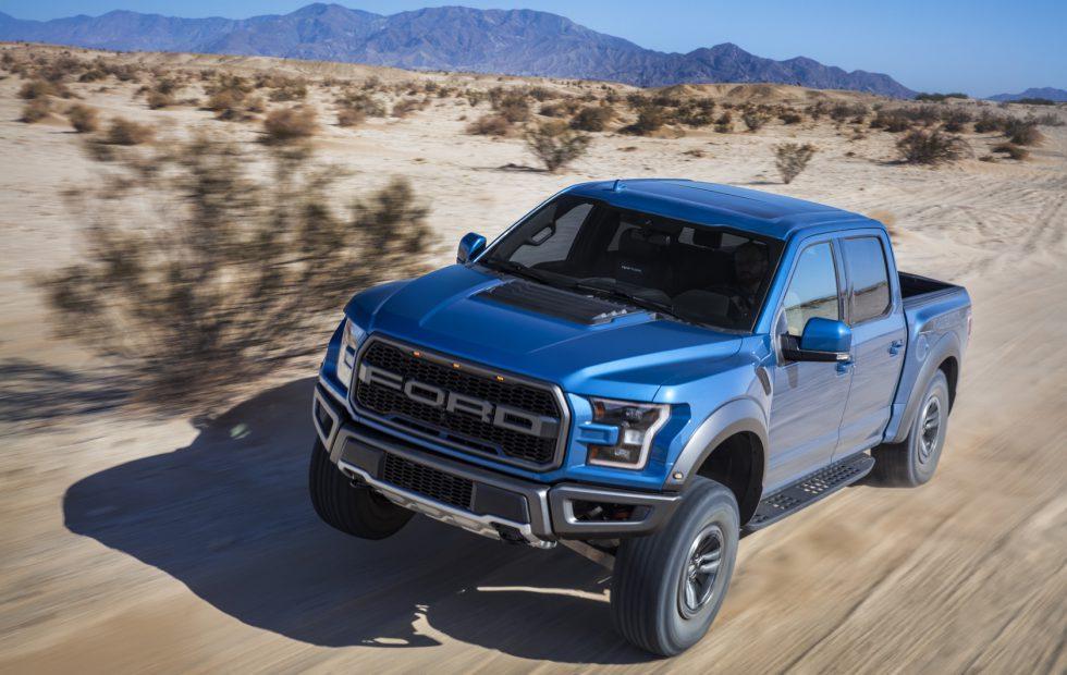 Blue Ford Raptor >> 2019 Ford Raptor F 150 Gallery Slashgear