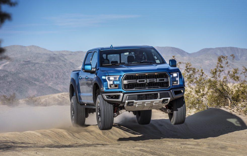 2019 Ford F-150 Raptor goes airborne with smarter Shox