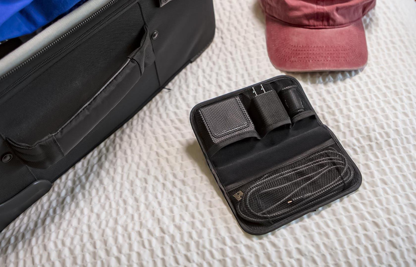 super cute 26c08 a974c Mophie's new Charge Stream Travel Kit takes Qi on the go - SlashGear