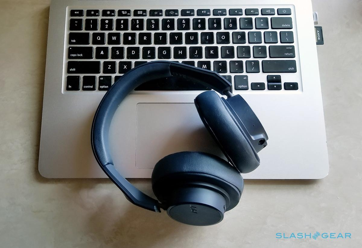 e37b89beea4 Review Plantronics Backbeat Go 600 Headphones With Bass Boost