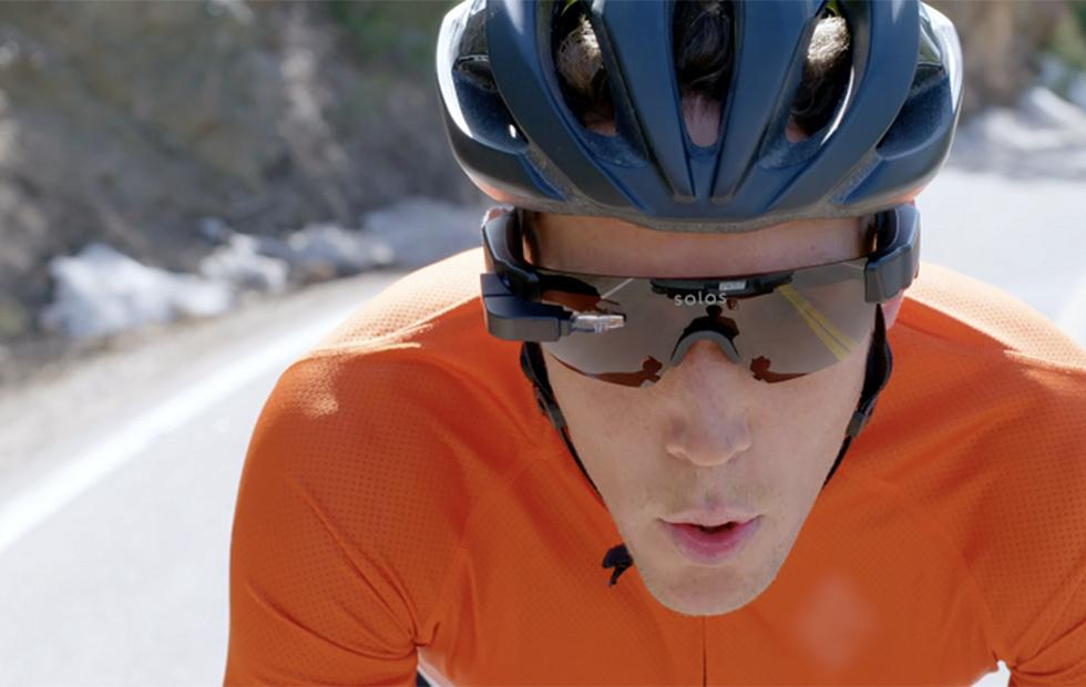 SOLOS AR smart glasses are made for athletes: now available