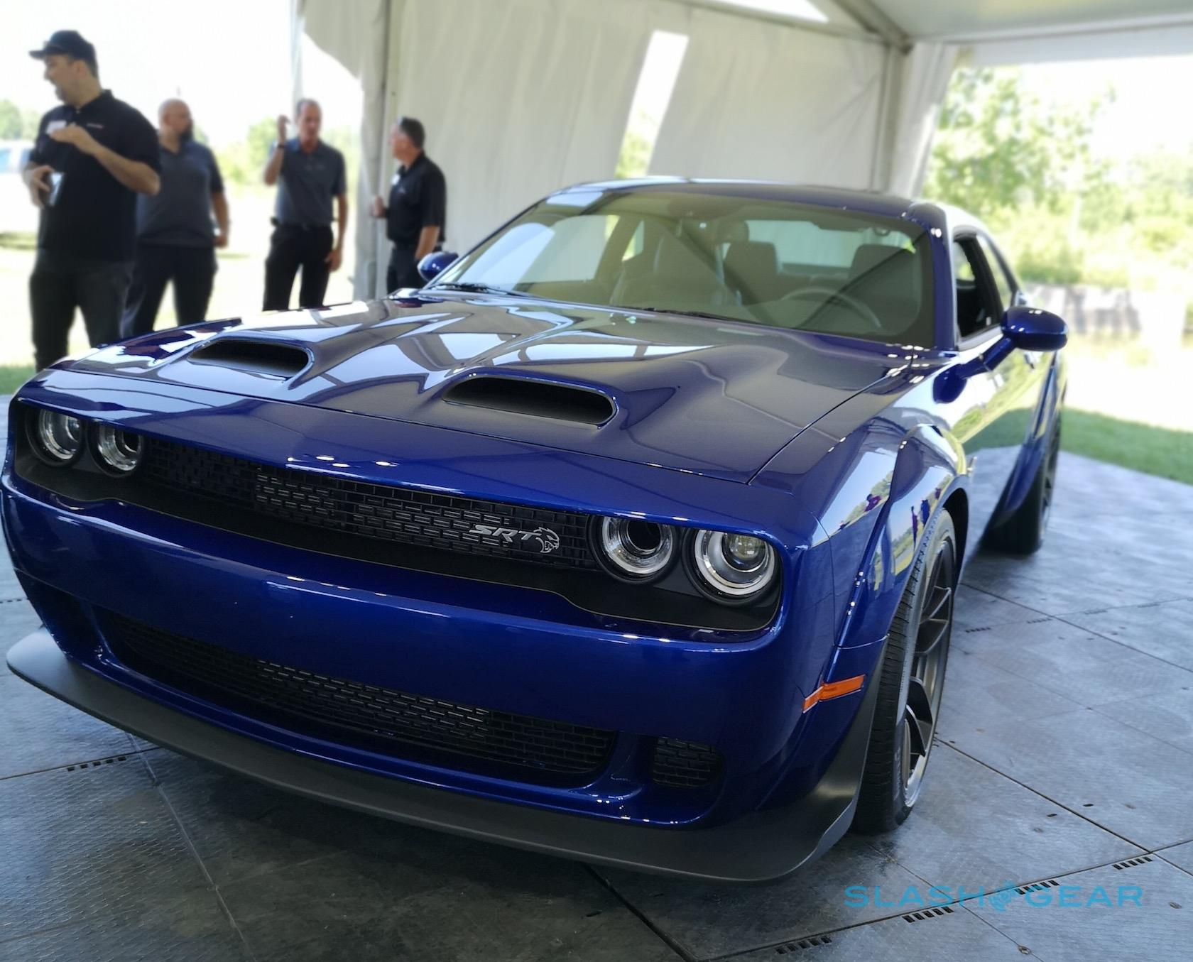 2019 Dodge Challenger Srt Hellcat Redeye Sells Its Soul To The Demon For 797hp Slashgear