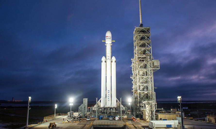 SpaceX wins $130M bid to launch military satellite on Falcon Heavy