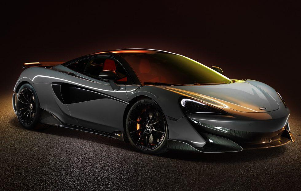 McLaren 600LT points howling vertical exhausts through Longtail body