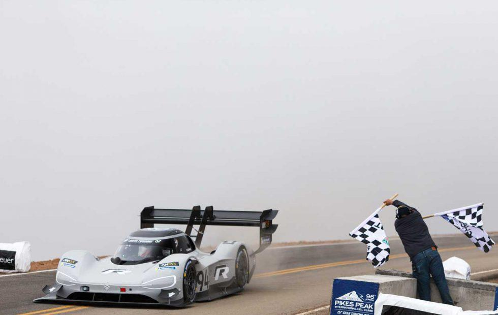 VW I.D. R Pikes Peak racer crushes overall record on America's Mountain