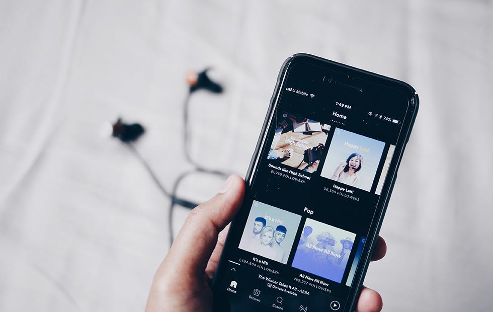 Spotify teases $30 data-only phone plan with streaming bundle