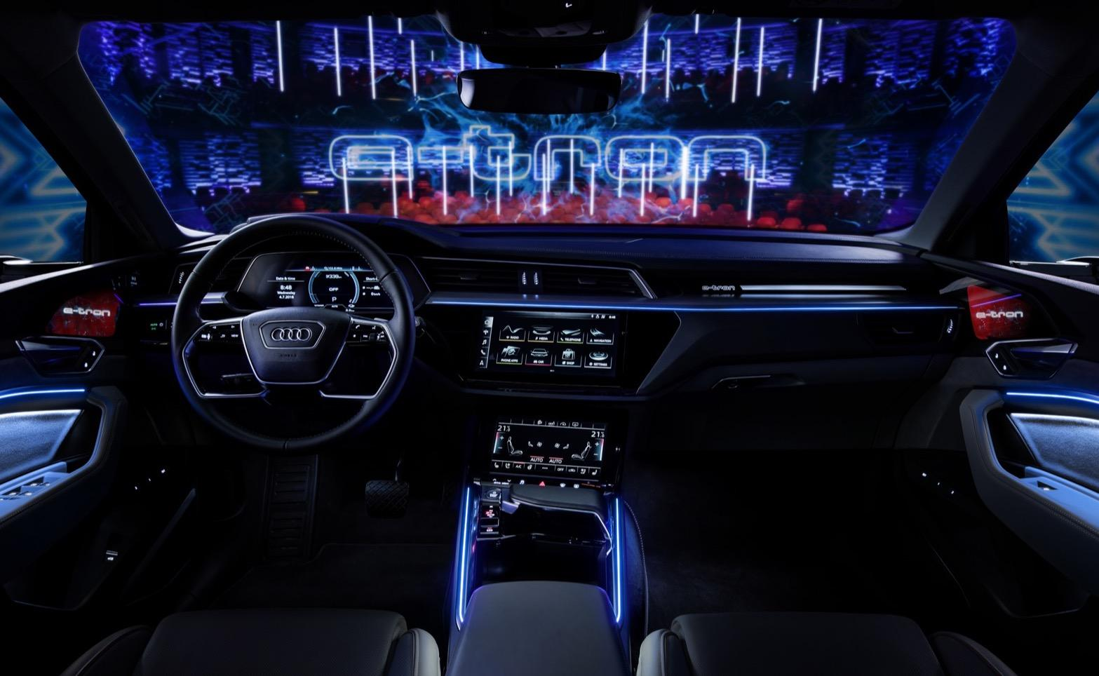 The 2020 Audi E Tron S Cabin Is An Ev Tech Haven Slashgear