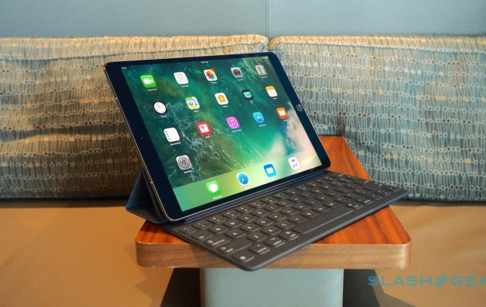 iPad with Face ID confirmed by iOS 12 AvatarKit